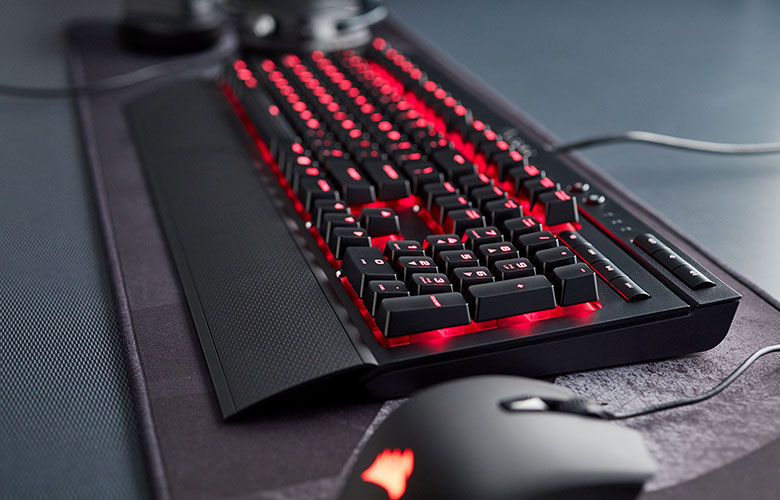 Corsair Gaming K68 Red LED Review Test Erfahrungen