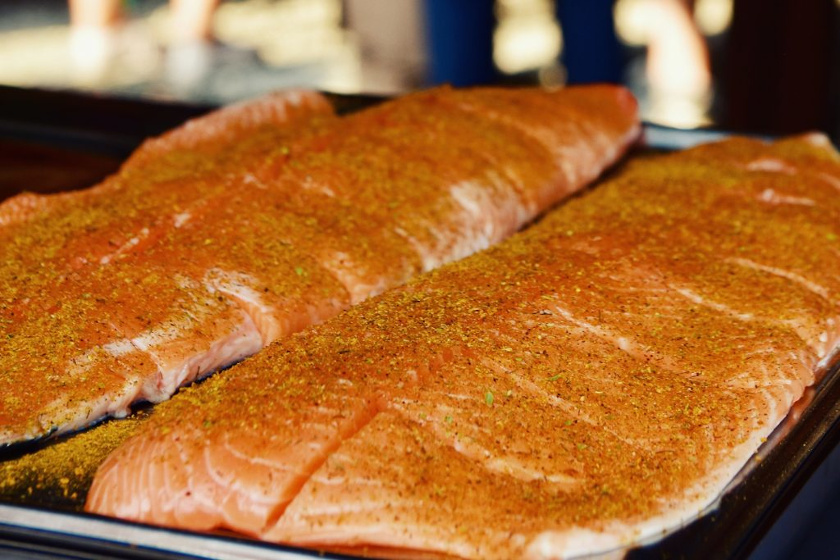 Lachs, Räucherlachs, Flammlachs, Salmon, Grilled Salmon